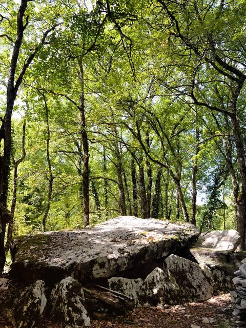 dolmen à Limeyrat